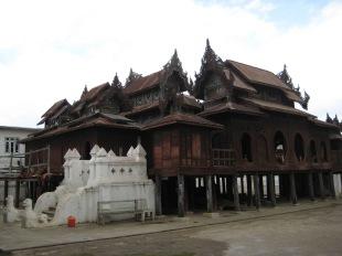 002_Shwe Yan Pyay Monastery