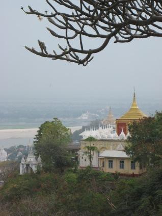 041_Sagaing Hill