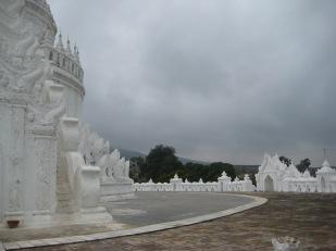 098_Myatheindan pagoda