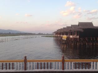 110c_Sunset Paramount Inle Resort