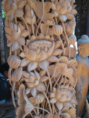 148_wood carving