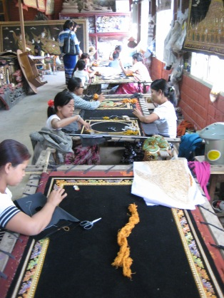 150_sewing gold thread tapestries