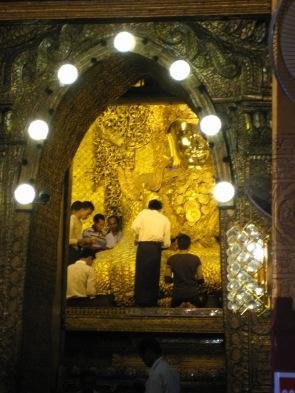 166_Maha Myat Muni Buddha