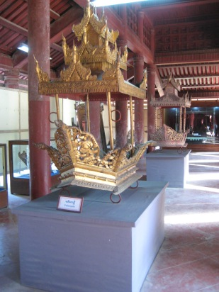 223_transport Royal palace