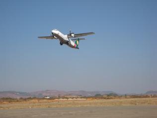 001_Heho airport