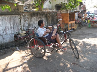 004_famed burmese bike