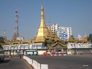 017_Sule pagoda