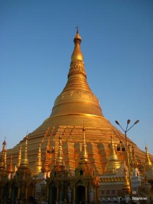 047_Shwedagon Pagoda