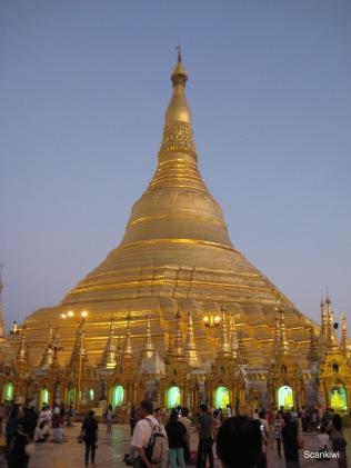 057_Shwedagon Pagoda