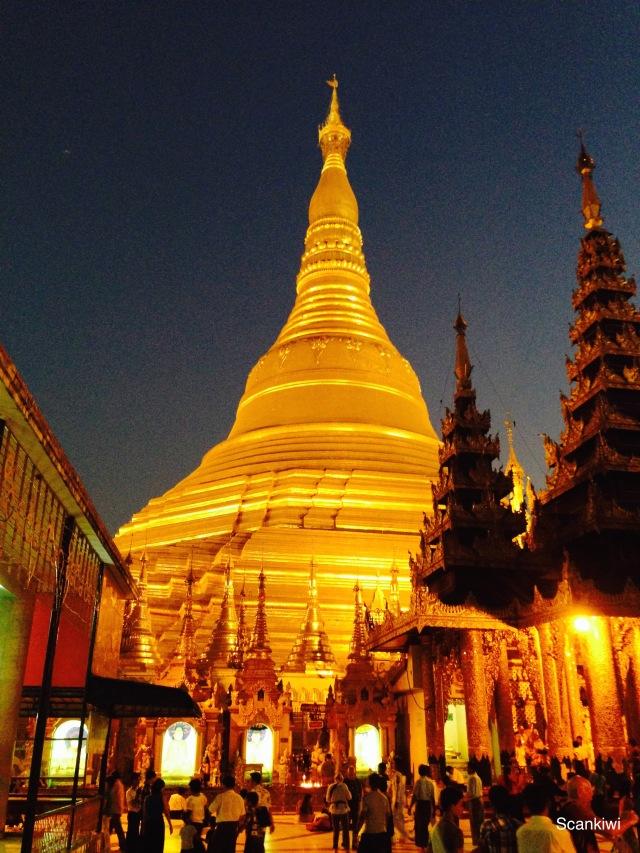 059_Shwedagon Pagoda
