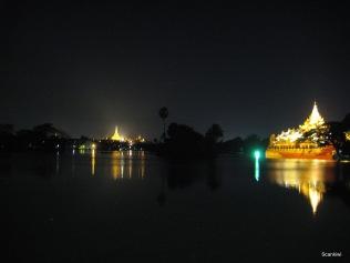 098_Karaweik palace & Shwedagon pagoda