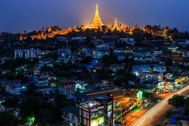 099b_Shwedagon pagoda