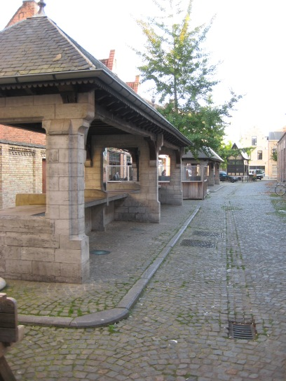 Fish market (Vismarkt) and Toll House, Ypres