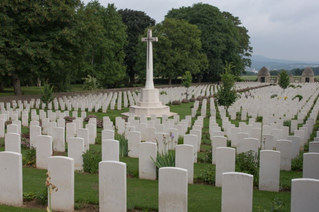 Niederzwehren CWG cemetery