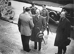 Berghof Hitler & Chamberlain